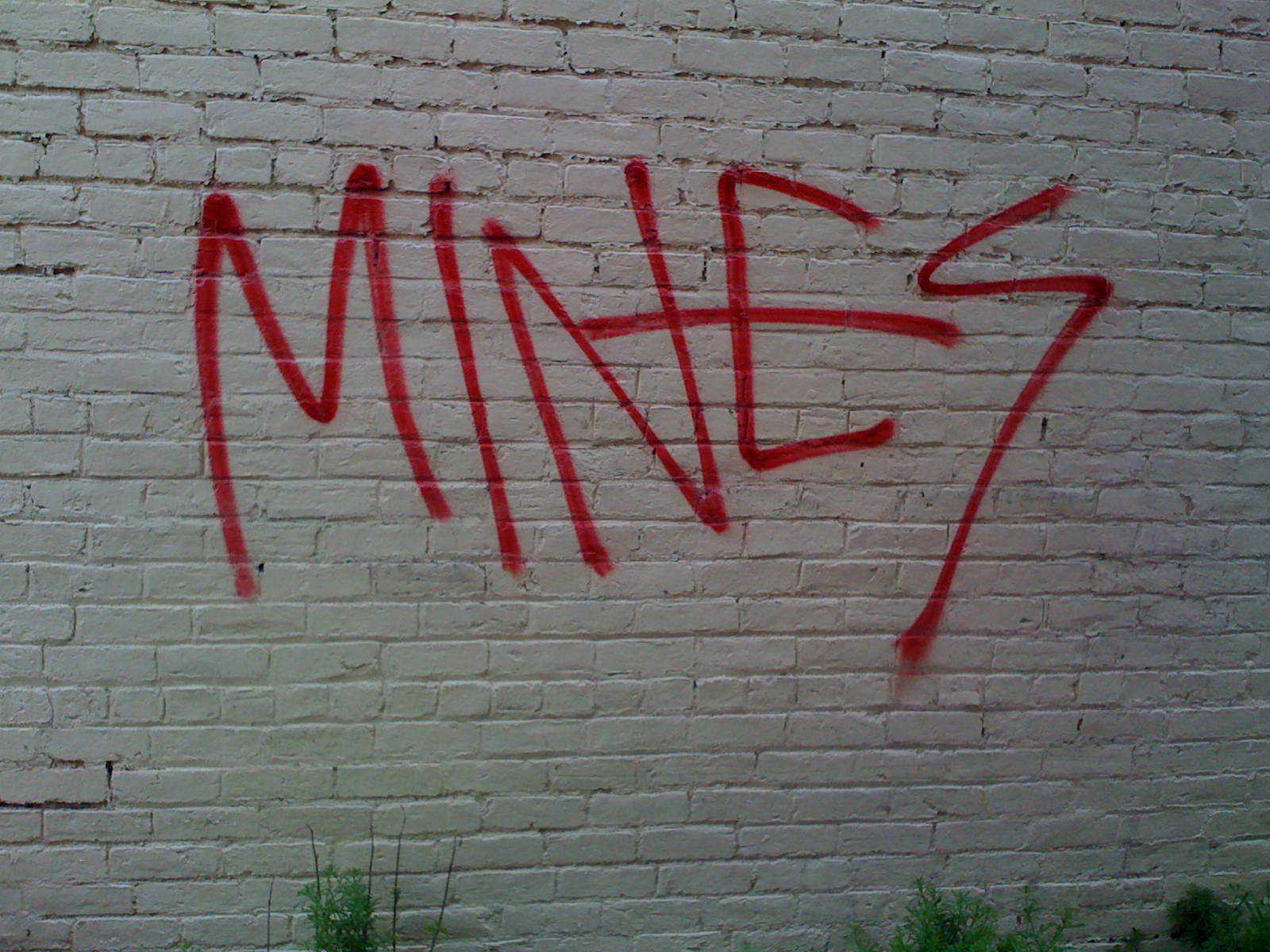 The richmond police are currently investigating the incidents and are seeking reports of any other graffiti from the same weekend