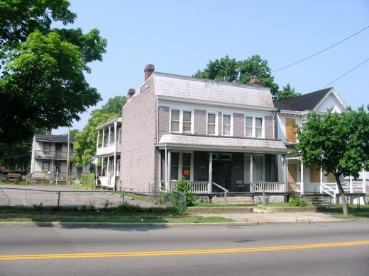 2003 1/2 Fairmount Avenue (2004)