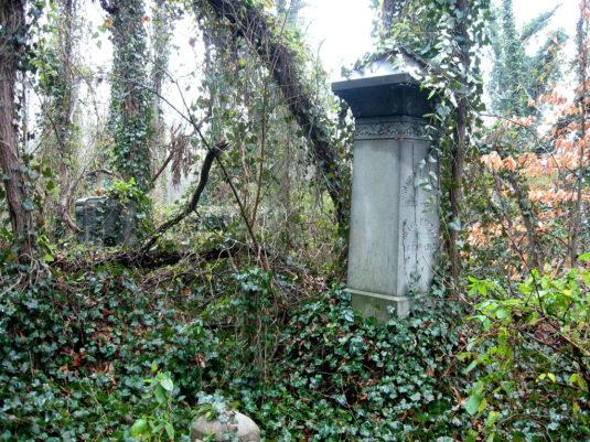 Evergreen_cemetery_rva