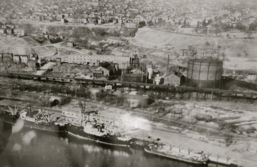 An undated photo of the Fulton Gas Works and Chimborazo from the special collections at the Library of Virginia.